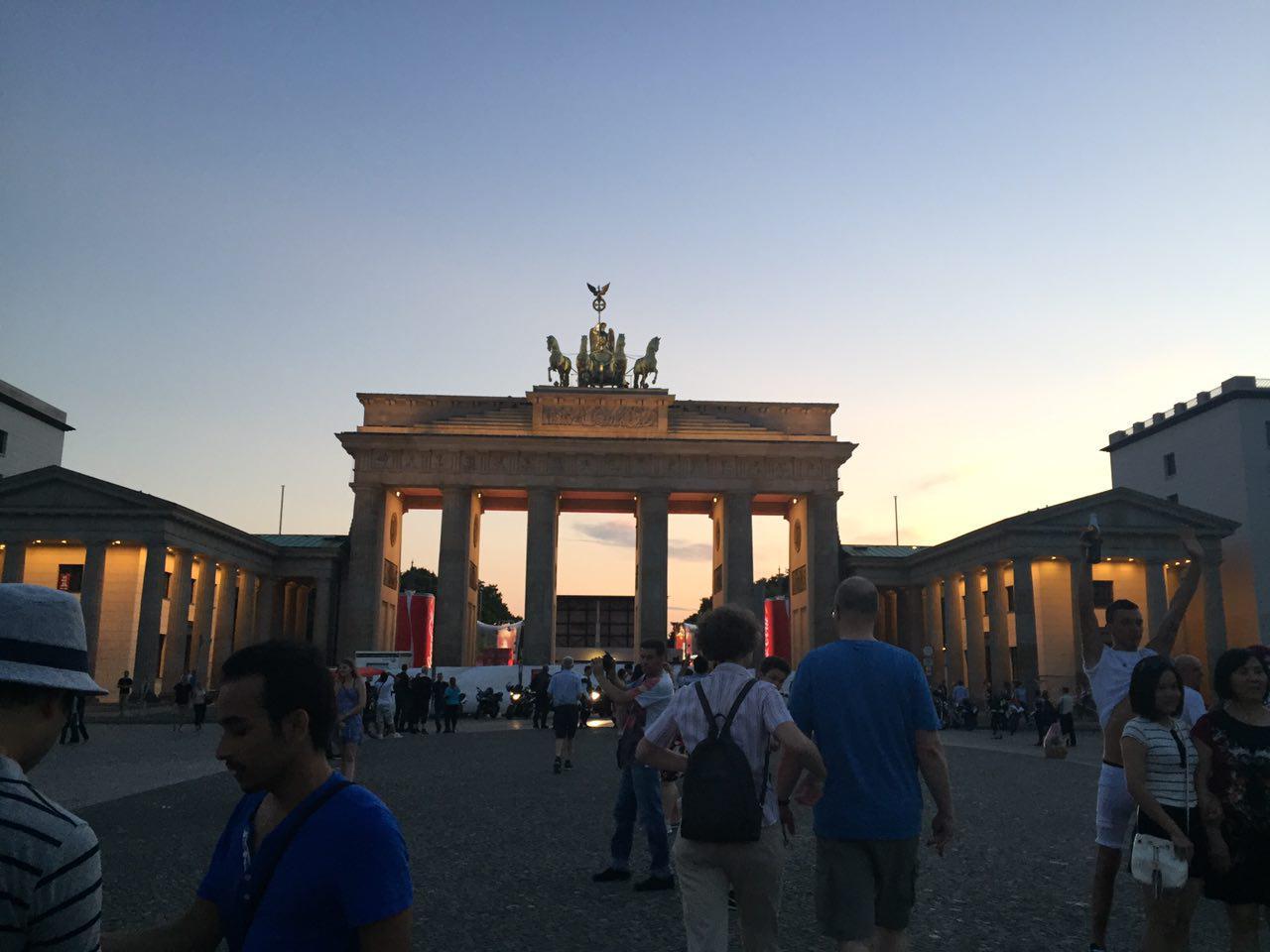 베를린시위_16.jpg