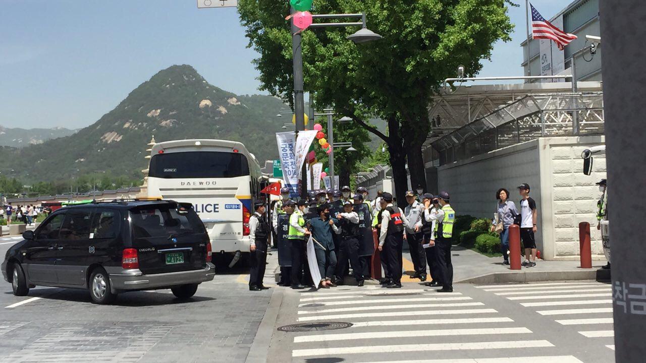 미국대사관,코리아연대,1인시위,광화문_4.jpg